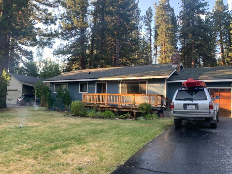 The best driveway in Truckee (mins. from downtown)