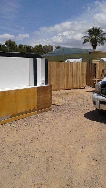 1 acre walled secure property 8 minutes to strip.